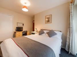 OYO Honeycroft Lodge, hotel near Eastcote, Uxbridge