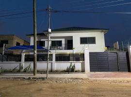 Hope & Pray Ave, villa in Accra