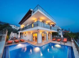 Villa with 5 bedrooms in Kalkan with wonderful sea view private pool terrace, cottage in Kalkan