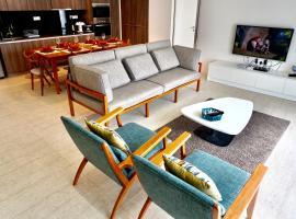 By The Sea Beachfront Suite by RMH, apartment in Batu Ferringhi
