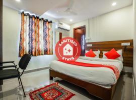 OYO 588 KMR Hospitality Services, отель в городе Kondapur