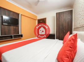 Vaccinated Staff- OYO 70390 Hotel Payal Inn, hotel in Jabalpur