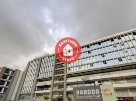 Capital O 75526 Hotel Bharosa Inn, hotel near Sardar Vallabhbhai Patel International Airport - AMD, Ahmedabad