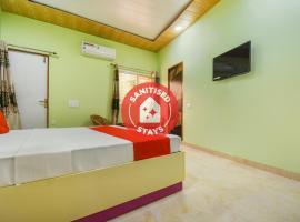 OYO 75015 Radhe Home Stay, hotel in Dehradun