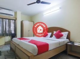 OYO 11651 BKR Guest House, hotel in Guwahati