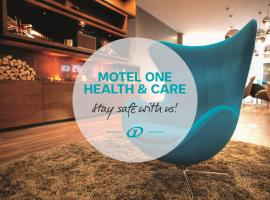 Motel One Manchester-Piccadilly, hotel near Albert Square, Manchester