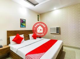 OYO 69994 The Vansh Balaji Hot, hotel en Faridabad
