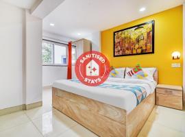 OYO Home 46054 Elegant Studios Kharadi, B&B in Pune