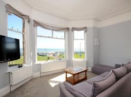 Wavecrest - On The Beach Paignton, apartment in Paignton