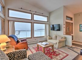 Anchorage Aviation Escape with Deck and Airstrip!, vacation rental in Anchorage