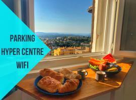 Parking Privé - Vue mer - WiFi - Centre Historique, hotel near Parfumerie Fragonard - The History Factory Grasse, Grasse