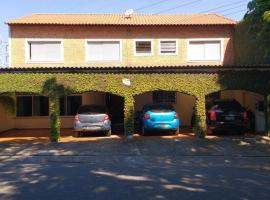 Flat Tacaunas, guest house in Sao Paulo