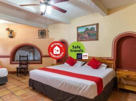 OYO Hacienda Del Angel, hotel en Parras de la Fuente