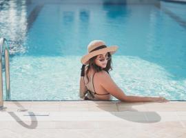 Zeus Village Resort - Adults Only, hotel near House-Museum of Eleftherios Venizelos, Kato Daratso