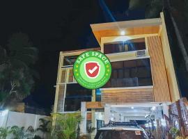RedDoorz near Villa Beach, hotel in Iloilo City