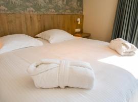 De Zes Bochten, hotel near Brugse Vaart Golfbaan, Knokke-Heist