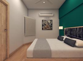 Lokal Rooms x Gulberg Boulevard, отель в Карачи