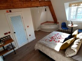 Angel Townhouse, hotel near ExCeL Exhibition Centre, London