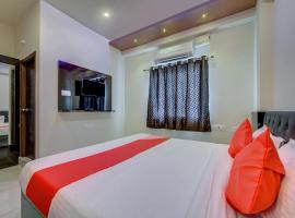 OYO 22425 Hotel Honey Cruise, отель в городе Kondapur