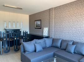 Appartement met zeezicht, family hotel in Blankenberge