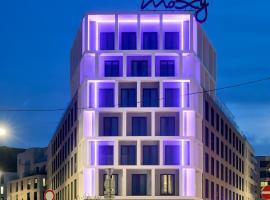 Moxy Brussels City Center, toegankelijk hotel in Brussel
