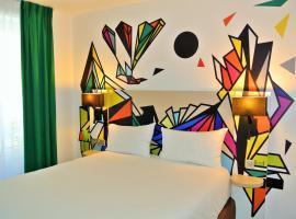 ibis Styles Paris Maine Montparnasse, hotel near Denfert-Rochereau Metro Station, Paris