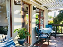 Aloma Cottage, self-catering accommodation in Cape Town