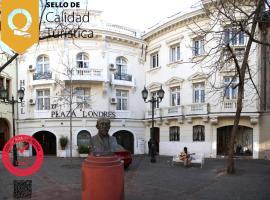 Hotel Plaza Londres 77, hotel cerca de Museo Chileno de Arte Precolombino, Santiago