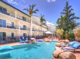 Cairns Queenslander Hotel & Apartments, hotel in Cairns
