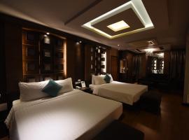 Fresh Inn Hotel, hotel near The East Square Hua Hin, Hua Hin
