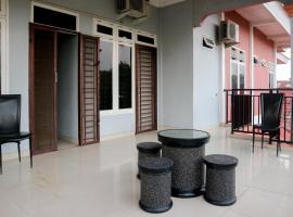 OYO 1156 Fanybella Homestay, hotel in Pekanbaru