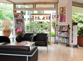 Aparthotel Adagio Paris XV, hotel in Paris