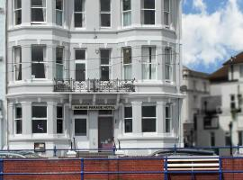 OYO Marine Parade Hotel, hotel in Eastbourne