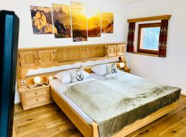 Chalet Bernardi Apartments, apartment in Ortisei