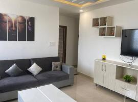 Luxurious 2bhk with huge terrace, partial river view, apartment in Rishīkesh