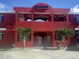 Hotel Punto4, hostel in Punta Cana