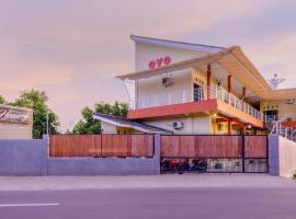 OYO 2450 Hening Homestay, hotel near Malimbu Hill, Montongbuwoh