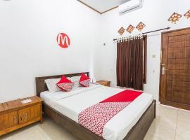 OYO 1323 Murni Homestay, hotel in Senggigi