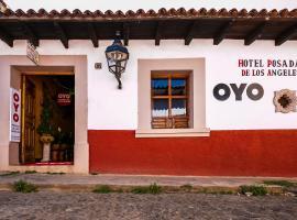 OYO Posada De Los Angeles, hotel en Pátzcuaro
