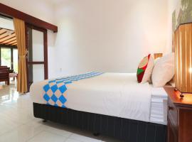 OYO 2542 Villa Iluka 2, hotel near Metis Restaurant, Kerobokan