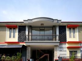OYO 2038 Jasmine Guest House Balikpapan, hôtel à Balikpapan