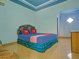 OYO 3724 Penginapan Baiti Jannati Syariah, hotel near Syamsudin Noor International Airport - BDJ,