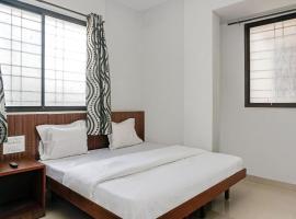 SPOT ON 22902 King's Hotel, hotel in Shirdi