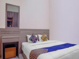 SPOT ON 3072 Wisma Madinah Syariah, hotel near Sarinah, Jakarta