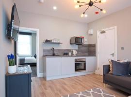 BlackBird Luxury Accommodation Room 6, apartment in Blackpool
