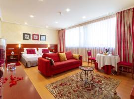 Hotel MIRAVALLE Promocion SUITES EL MEJOR PLAN POSIBLE, hotel in Ourense