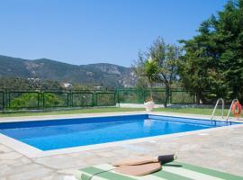 Four Seasons Villas, hotel in zona Spiaggia di Lalaria, Città di Skiathos