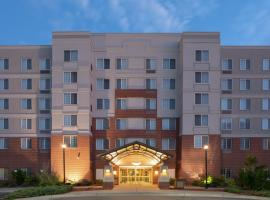 Staybridge Suites Denver International Airport, an IHG Hotel, hotel in Denver