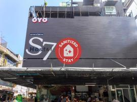 S7 Hostel, hotel near BTS-Bang Chak, Bangkok