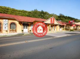 OYO Pousada Le Charme De La Ville, hotel near Hugo Cantergiani Regional Airport - CXJ, Caxias do Sul